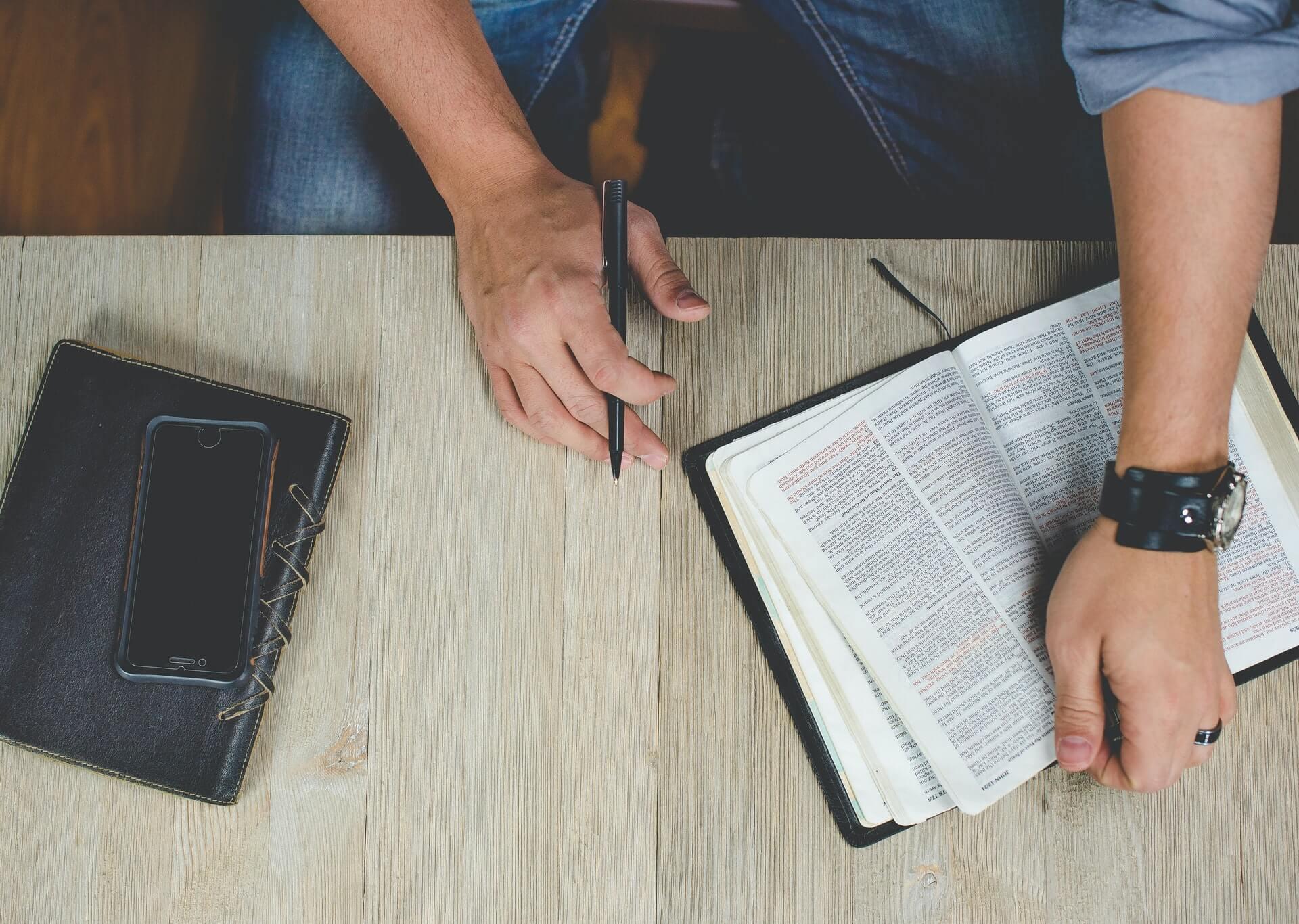 Unabhängige evangelische Gemeinde Friedrichshafen Gebets- & Bibelstunde